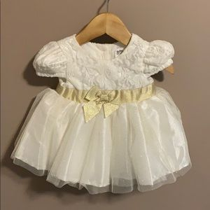Sparkly Gold & White dress 0-3 months